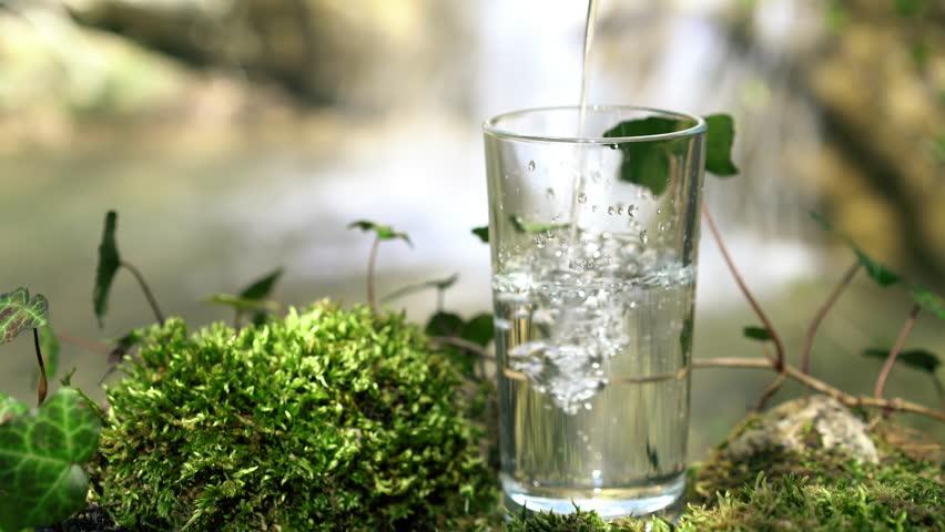 Nước lọc có nhiều công dụng với cơ thể